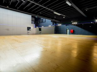 Studio 3 4